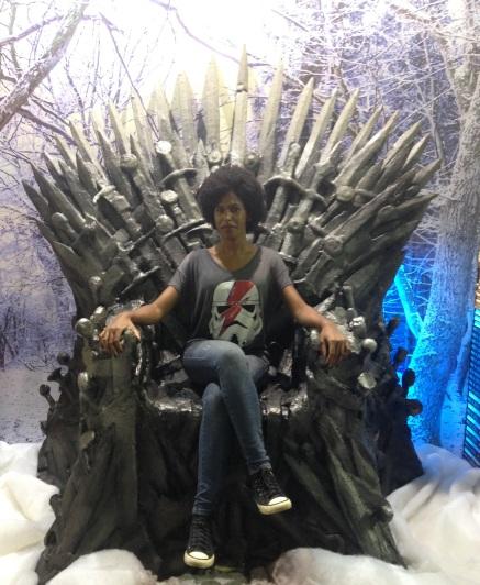 trono-de-ferro-bienal-do-livro-bh.jpg